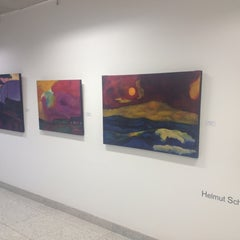 Photo taken at Galeria de Arte by Jose Luiz G. on 3/24/2012