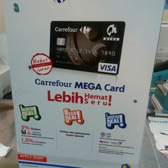 Photo taken at Carrefour by Irene Y. on 9/13/2012