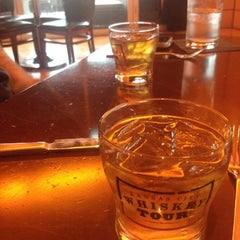 Photo taken at Maker's Mark Bourbon House & Lounge by kevin b. on 7/10/2012