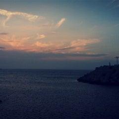 Photo taken at 이호테우해변 (Iho Taewu Beach) by . K. on 8/27/2011