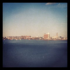Photo taken at Legal Harborside - Floor 3 by Daniel G. on 2/19/2012