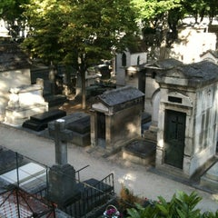 Photo taken at Cimetière de Montmartre by Deborah on 8/30/2012