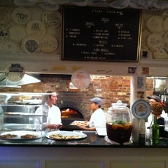 Photo taken at Best Pizza by Pacool on 9/20/2011