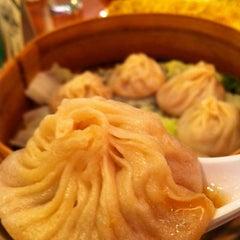 Photo taken at Ping Pong Dim Sum - Dupont by Kym T. on 6/30/2012