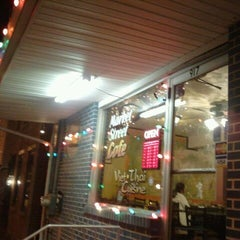 Photo taken at Viet Thai Market Street Cafe by Matt N. on 12/22/2011