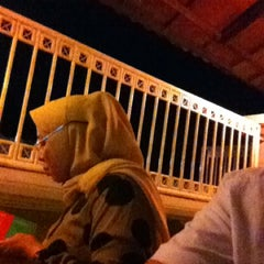 Photo taken at Zuppa Zuppa Cafe by firdha o. on 2/18/2012