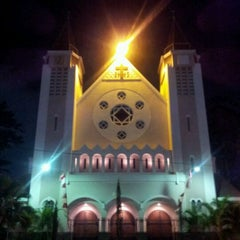 Photo taken at Gereja Katolik Katedral Santa Perawan Maria Dari Gunung Karmel by Mario P. on 9/1/2011