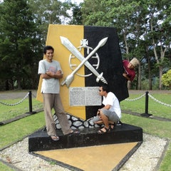 Photo taken at Tugu Mc Arthur by AnonymouS on 4/17/2011