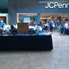 Photo taken at Viewmont Mall by Ennyl R. on 7/28/2012