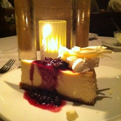 Photo taken at Fleming's Prime Steakhouse & Wine Bar by Tania N. on 8/15/2011