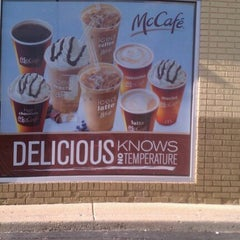 Photo taken at McDonald's by Charmane H. on 8/15/2011