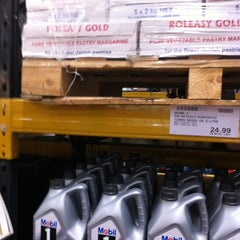 Photo taken at Costco Wholesale by Simon A. on 8/12/2011