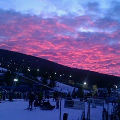 Photo taken at Camelback Mountain Resort by Sunny R. on 12/31/2011