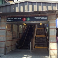 Photo taken at MTA Subway - Pelham Parkway (2/5) by Darius S. on 7/26/2012