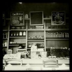 Photo taken at ITIT Il Sandwich Cafè by Marco on 3/24/2011