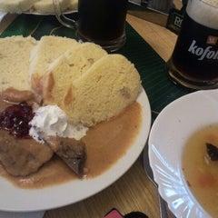 Photo taken at Restaurace Na Šalamouně by Honza S. on 6/14/2012