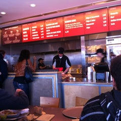 Photo taken at Chipotle Mexican Grill by Beatrice B. on 3/10/2012
