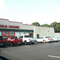 Photo taken at Huddle House by Dustin F. on 6/29/2012