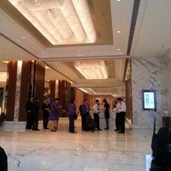 Photo taken at 北京嘉里大酒店 Kerry Hotel by AKARAPOL S. on 8/26/2012