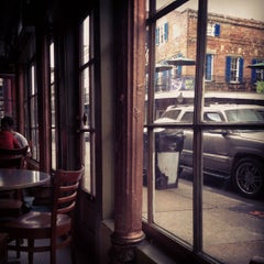 Photo taken at Angeli on Decatur by Landon R. on 8/7/2012