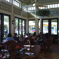Photo taken at Tommy Bahama's Tropical Cafe by AlmostVeggies.com on 1/25/2011