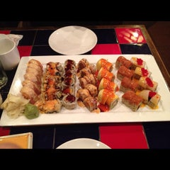 Photo taken at Sakura Japanese Restaurant by Joe D. on 6/1/2012