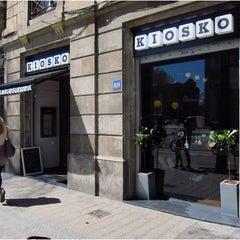 Das Foto wurde bei Kiosko von Oh-Barcelona.com am 9/20/2011 aufgenommen