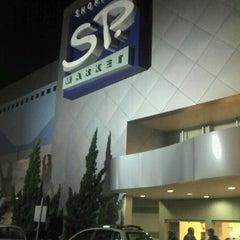 Photo taken at Shopping SP Market by Gustavo B. on 5/3/2011
