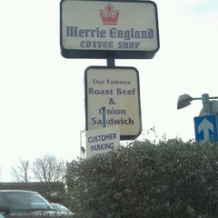 Photo taken at Merrie England by Laura C. on 1/7/2012