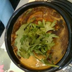 Photo taken at Golden Bo Restaurant by Mark A. on 11/4/2011