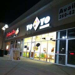 Photo taken at Yo Yo Frozen Yogurt by Krystal S. on 3/21/2012