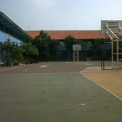 Photo taken at SMPN 7 Jakarta by skrAjeng on 6/24/2012