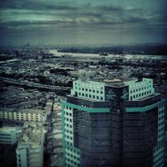 Photo taken at อาคารมาลีนนท์ (Maleenont Tower) by Wisit P. on 8/9/2012