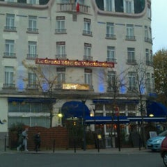 Photo taken at Le Grand Hotel de Valenciennes by Alexandre A. on 11/13/2011