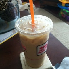 Photo taken at Dunkin' Donuts by Catherine on 7/11/2012