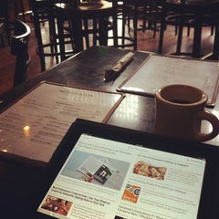 Photo taken at Metropolitan Coffeehouse & Wine Bar by C.C. C. on 10/31/2011