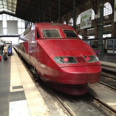 Photo taken at Gare SNCF de TGV Haute-Picardie by すぎ作 on 6/14/2012