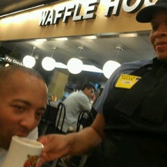 Photo taken at Waffle House by Wink J. on 7/6/2012