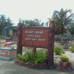 Photo taken at Kuala Gula Sanctuary Resort by Aman H. on 8/22/2012
