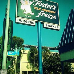 Photo taken at Foster's Freeze by Chris P. on 2/26/2012