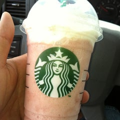 Photo taken at Starbucks by Gerard V. on 5/30/2012