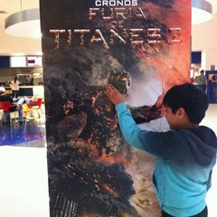 Photo taken at Cinépolis Portales by Siemprejorge on 3/31/2012