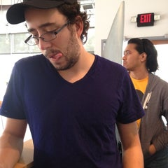 Photo taken at Chipotle Mexican Grill by Justin K. on 8/16/2012