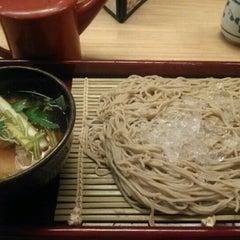 Photo taken at 土風炉 夢町小路 品川店 by Akihiko N. on 6/19/2012