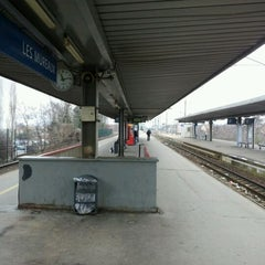 Photo taken at Gare SNCF des Mureaux by jean paul d. on 3/10/2012