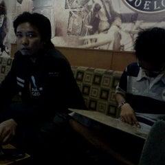 Photo taken at Ngopi Doeloe by Ardiansyah A. on 9/16/2011