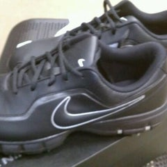 Photo taken at Sports Authority by Webster88 on 12/30/2011