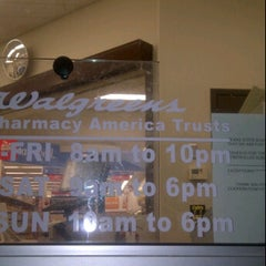 Photo taken at Walgreens by Francisco C. on 11/17/2011