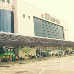 Photo taken at 인천종합터미널 (Incheon Bus Terminal) by YoungReal C. on 9/1/2012