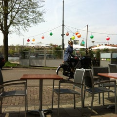 Photo taken at Café Restaurant Hesp by Hendrik U. on 5/2/2012